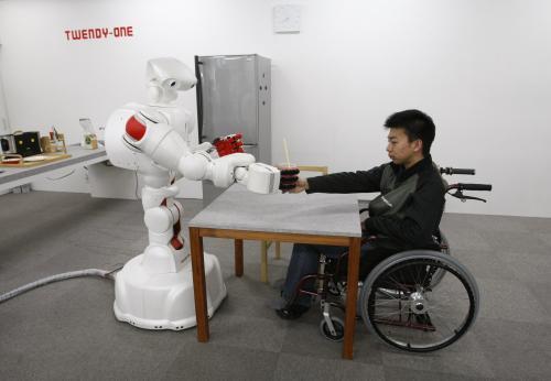 robot2_reuters.jpg