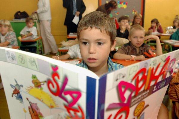 V Šali je šesť základných škôl.