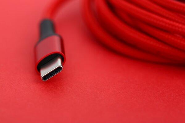 USB4 využíva formát prípojky USB-C.