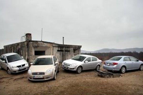 Kategória, v ktorej chcel byť zrazu každý, priniesla veľké množstvo variácií na tému malý trojpriestorový sedan.