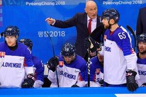 Tomáš Marcinko (č. 65) reprezentoval vlani Slovensko na olympiáde i MS. Tohto roku sa do kádra pre domáci šampionát nezmestil.