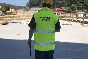 Inšpektorát práce v Žiline zvyšuje intenzitu vykonávaných kontrol, a to aj vo večerných a nočných hodinách.