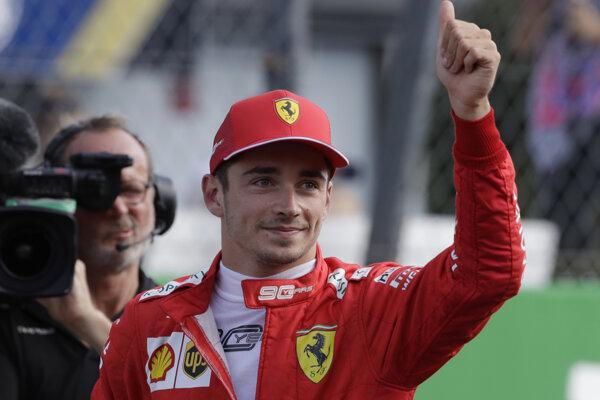 Charles Leclerc vyhral kvalifikáciu na Veľkú cenu Talianska 2019.