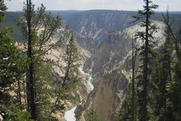 Drsná krása Yellowstonského národného parku vo Wyomingu skrýva ničivý supervulkán.