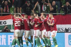 Gólová radosť hráčov Maďarska v zápase kvalifikácie na EURO 2020 Maďarsko – Slovensko.
