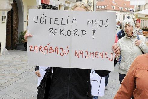 strajkucitelov1_res.jpg