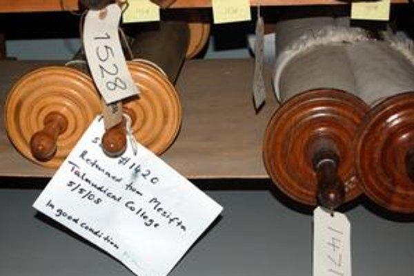 Zvitky Tóry v londýnskom múzeu.
