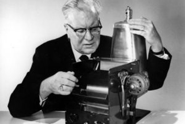 Chester Carlson so svojím vynálezom.