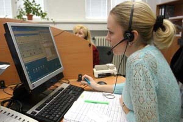 Pred telefonátom na zákaznícku linku si overte, či je hovor zdarma, alebo koľko zaň zaplatíte.