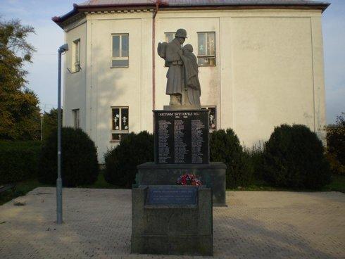 palarikovo-pomnik-padlym-v-1-svetovej-vo_r587_res.jpg