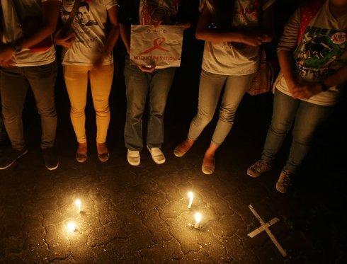 philippines-world-aids_r1780_res.jpg
