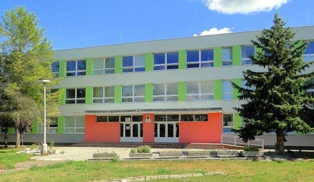 Základná škola na Kudlovskej ulici v Humennom.