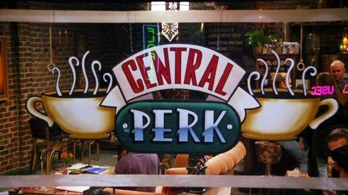 02_central_perk_r7835_res.jpg