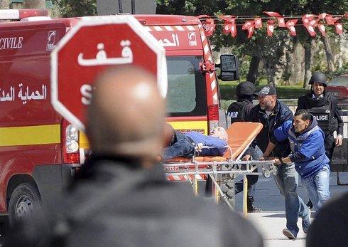 tunisia_attack-6efa923bb93b4669b7658ebf7_r2898_res.jpeg