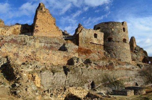 hrad-filakovo_res.jpg