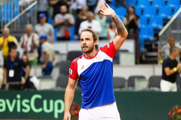 Andrej Martin po výhre nad Henrim Laaksonenom v dueli Davisovho pohára medzi Slovenskom a Švajčiarsko.