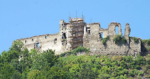 hrad1web.jpg
