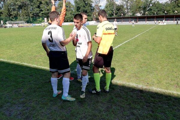 Zo zápasu MŠK Novohrad - Oravské Veselé.
