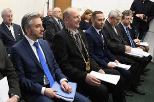 Trnku pozvala Pellegriniho vláda na rokovania v Košickom kraji len raz, do Prakoviec v apríli 2018, odvtedy župana ignoruje.