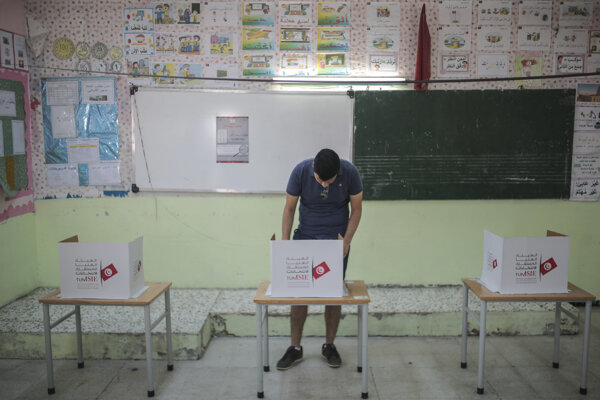 Tunisania si volili nového prezidenta.