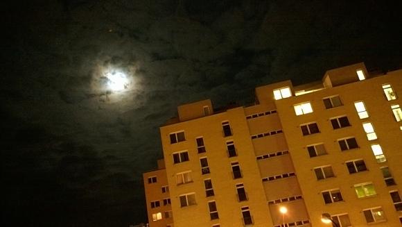 mesiac-maly.jpg
