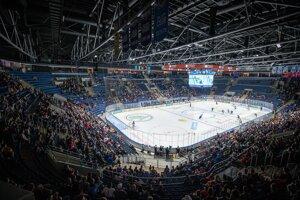 Na zápas Slovana proti Novým Zámkom prišlo 3871 divákov.
