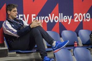 Tréner Slovenska Andrej Kravárik sledoval duel Španielsko - Nemecko priamo v hľadisku.