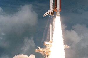 Štart raketoplánu Discovery v roku 1995, v ktorom bola Mary Weberová.
