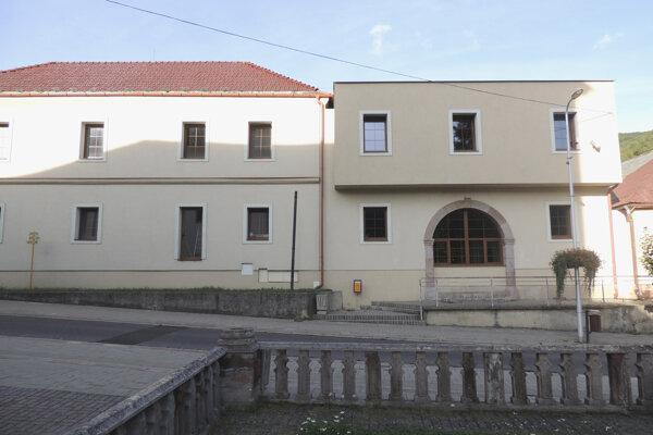 Knižnica bude sídliť v nových priestoroch.