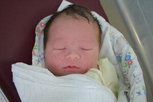 Alexej Fabian (4080 g, 51 cm) sa narodil 18. septembra Andree a Jurajovi z Nového Mesta nad Váhom.