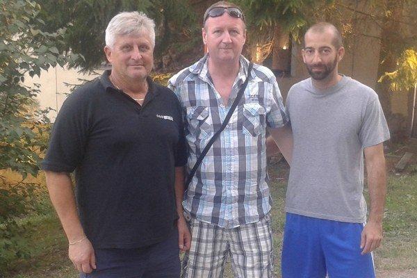 Funkcionári  TJ Tatran Polianka, Jaroslav Zmeko (manažer ISSF), Miloš Tallo (zástupca ), Radoslav Kováčiny (predseda).