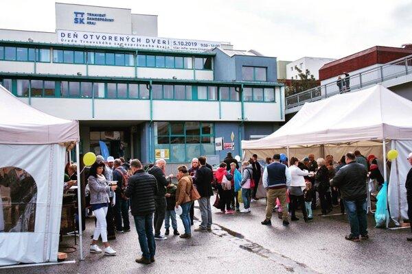 Úrad TTSK v Trnave otvoril dvere verejnosti.