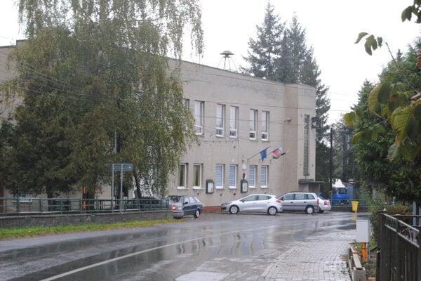 Obecný úrad Dulova Ves.