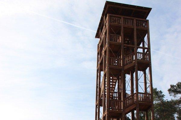 Vyhliadková veža v Trenčianskej Závade.
