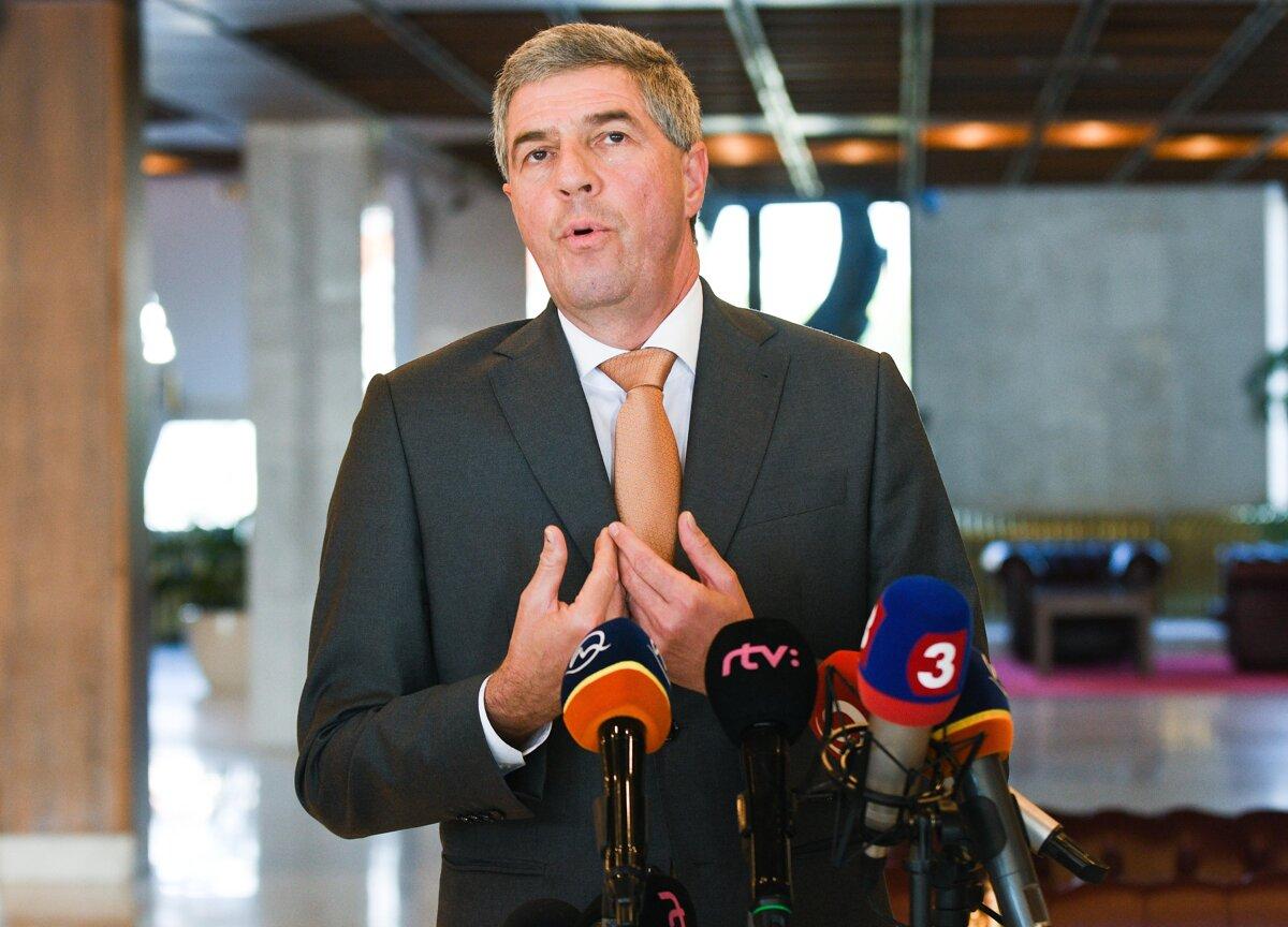 Bugár účasť v kauze Gorila z čias SMK odmieta - SME