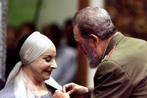 Na archívnej snímke z 20. decembra 2000 kubánská prvá dáma tanca a zakladateľka Kubánskeho národného baletu Alicia Alonsová.