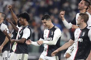 Radosť hráčov Juventusu Turín.