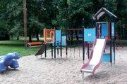 Mestský park v Senici čaká revitalizácia.