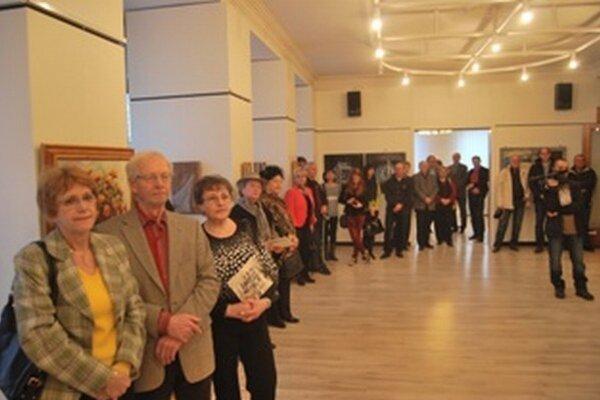 Vernisáž výstavy Klubu výtvarníkov v Skalici