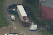 Kamión v meste Grays, v ktorom objavili 39 tiel.