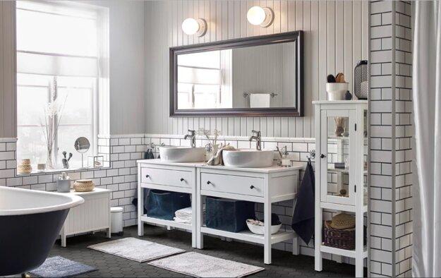 Základom nadčasovej kúpeľne sú svetlé farby.