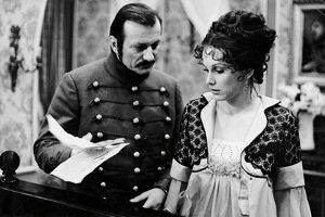 Sfilmovaný Alžbetin dvor si získal veľkú obľubu. Na snímke Radek Brzobohatý ako Mathias Fabici a Jana Zvaríková ako jeho manželka Alžbeta.