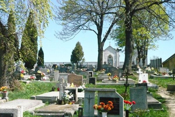 Cintorín Stráže.