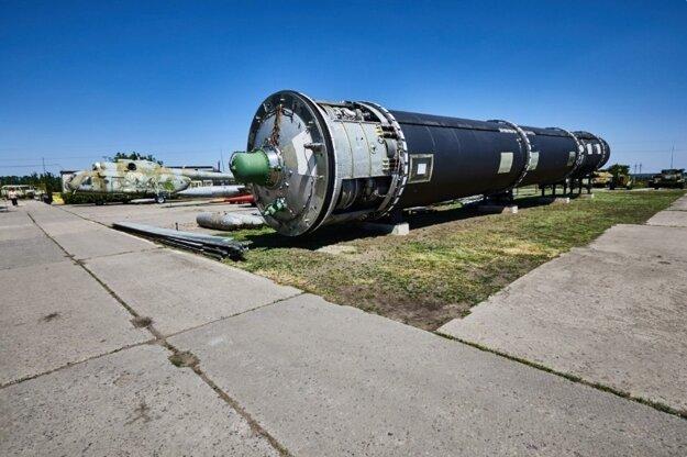 Raketová základňa