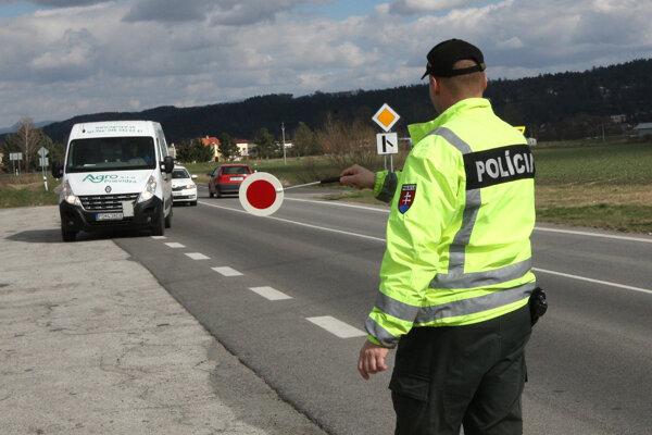 Policajti kontrolovali vodičov aj uplynulý týždeň.