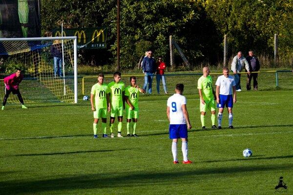Cez víkend pokračovali ďalšie zápasy v V. lige stred.