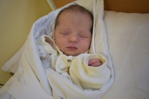 Alica Alterová (3400 g, 50 cm) sa narodila 22. októbra Anne a Mikulášovi z Beluše.