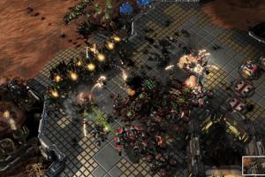 AlphaStar (zelená! vyhráva finálne bojové stretnutie.