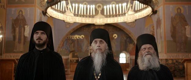 Traja hlavní protagonisti filmu Volanie - otec Vicilentius, otec Gabriel a otec Nazarij..