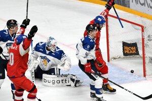 Radosť hráčov Česka po strelenom góle v zápase proti Fínsku v rámci Karjala Cupu 2019.